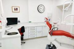 Lee Dental Practice Surgery Room